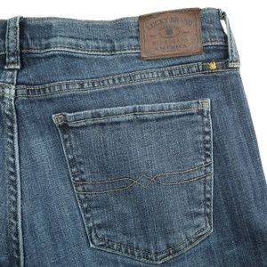 Lucky Brand Sweet Straight Dark Wash Stretch Jeans